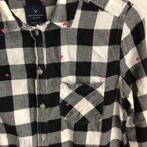 American Eagle Outfitters Tops - SALE AEO buffalo plaid heart flannel shirt S